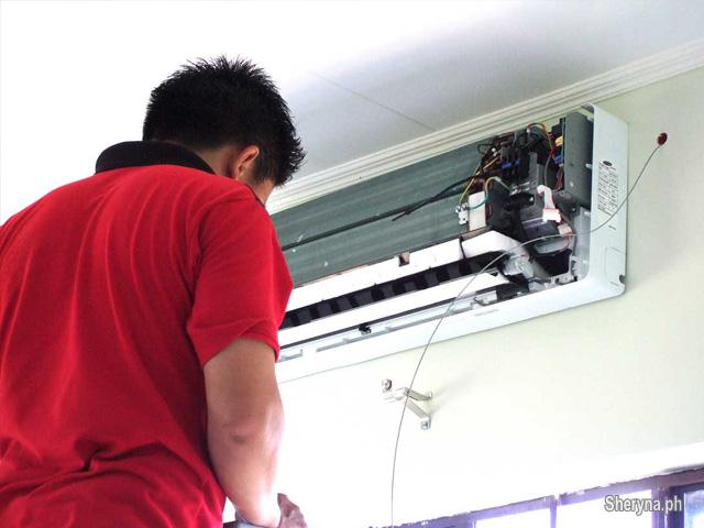Air Conditioning Service Specialist